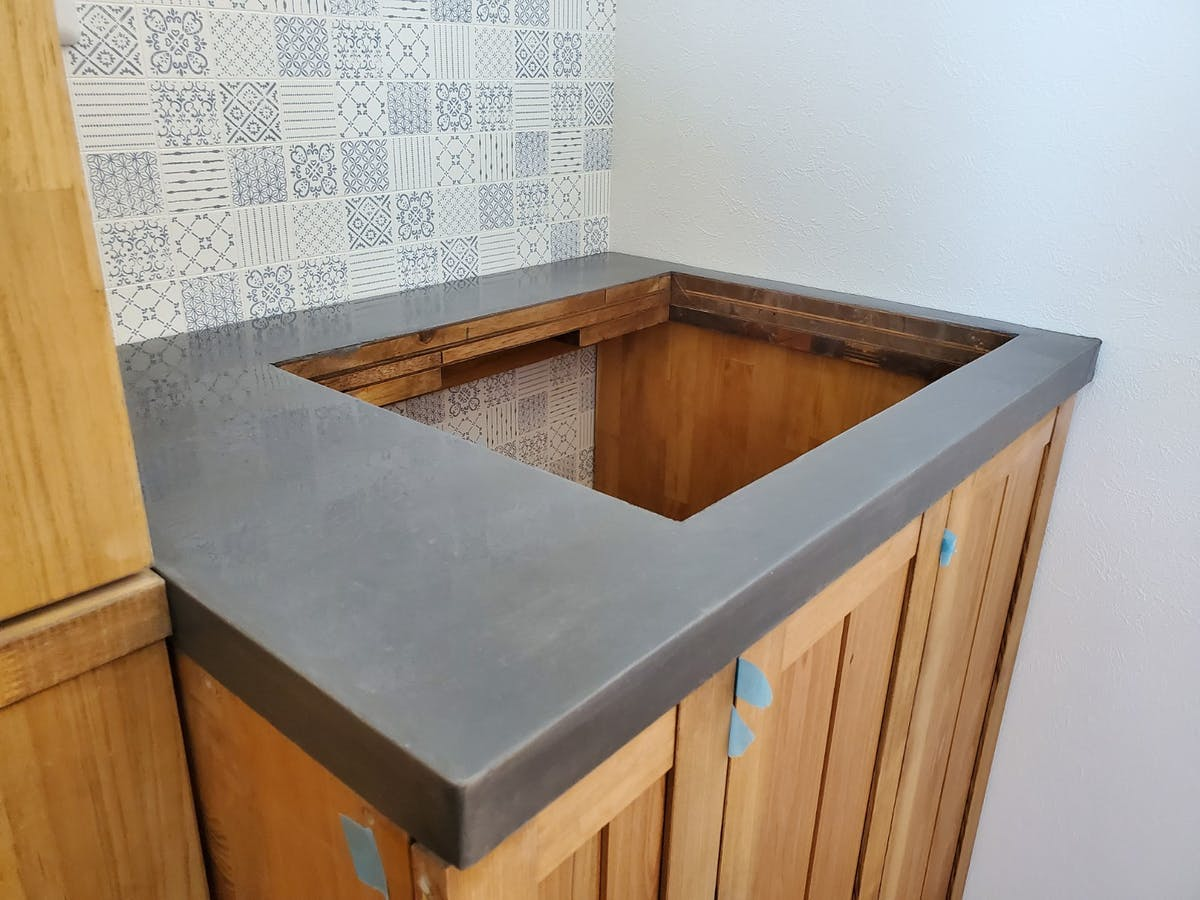 モールテックスの洗面台